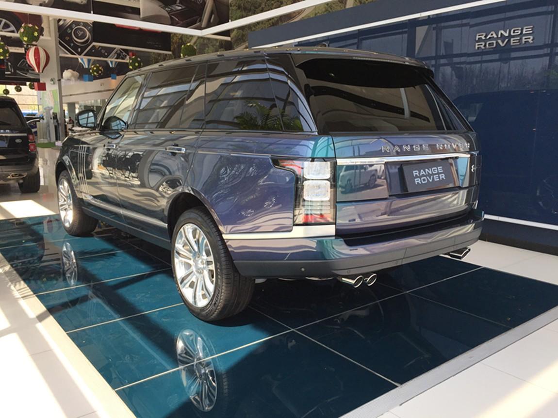 路虎5.0 揽胜巅峰创世加长版 光谱蓝外棕内 现车平价销售