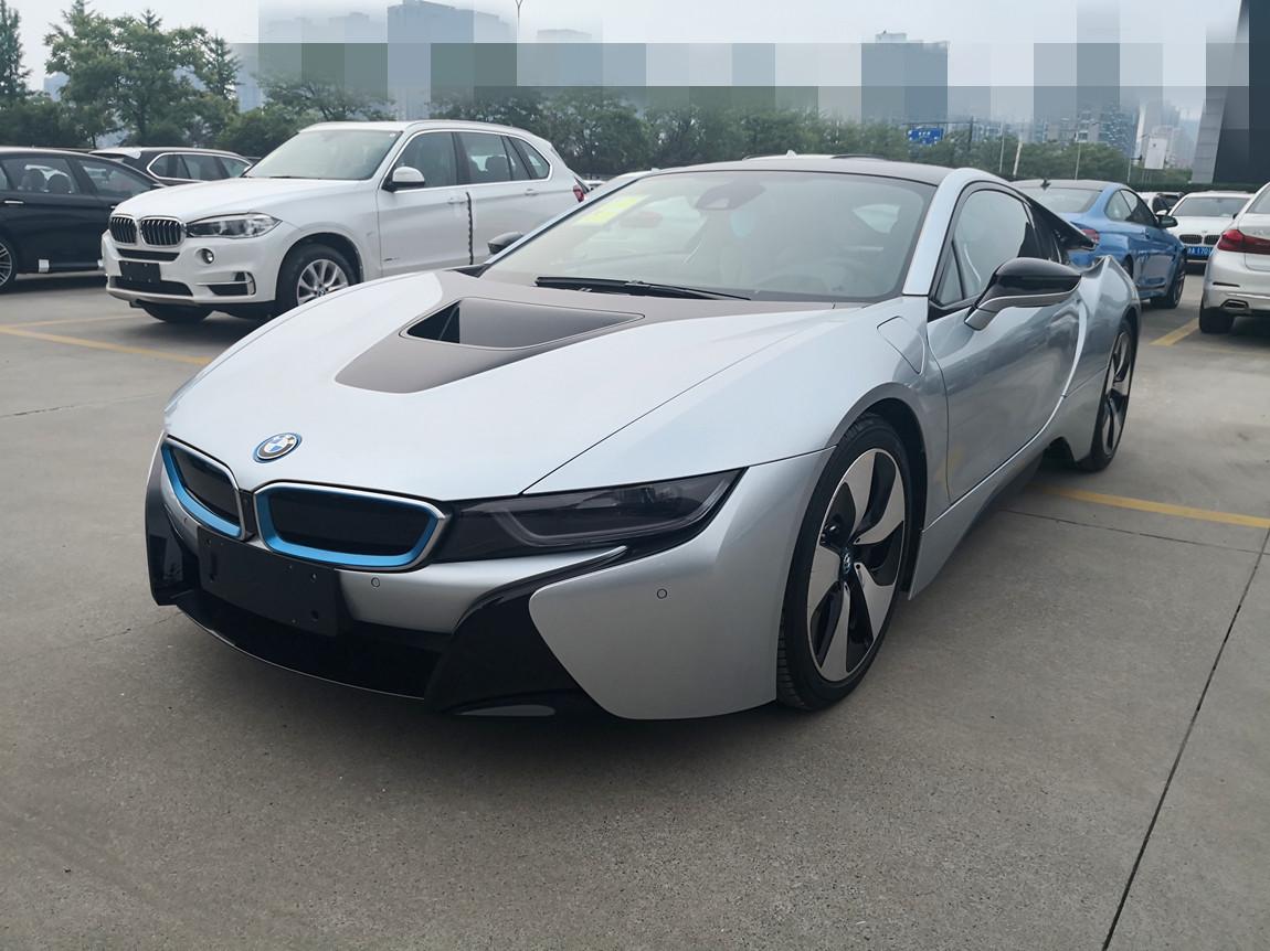 天津车市 最新18款宝马i8新能源跑车 最优惠价畅销  2018款宝马i8的