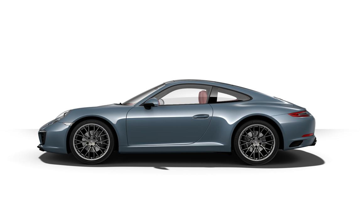 车辆详细配置:石墨蓝金属漆(14900元),波尔多红真皮内饰 (32800元),保时捷免钥匙进入系统 (13900元),前部和后部停车辅助系统,包括倒车摄像头(8300元),包括门控灯的电动可折叠车外后视镜(3800元),电动可倾/滑动式玻璃天窗 (28500元),助力转向升级版 (3300元),黑色运动型尾管 (9800元),包含模式开关的 Sport Chrono 组件(28200元),20 英寸 RS Spyder Design 车轮(40700元),照明设计组件( 5600元),多功能方向盘,带加